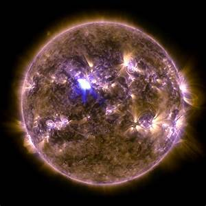 Spring Fling: Sun Emits a Mid-Level Flare | NASA