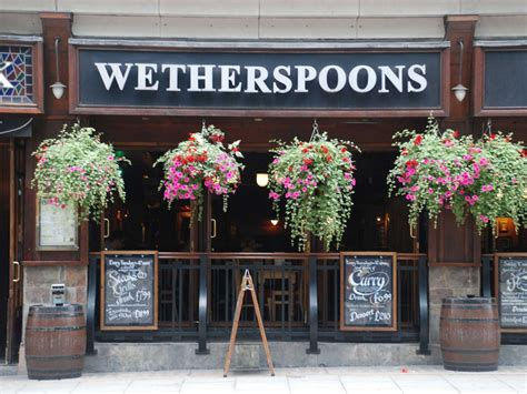 Wetherspoons Will No Longer Be Serving Roast Dinners ...