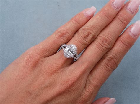 ctw oval cut diamond engagement ring