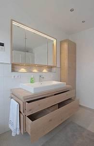 Bad Spiegelschrank Holz : badm bel eiche hell schreinerei baier bad badezimmer bad und badezimmer m bel ~ Frokenaadalensverden.com Haus und Dekorationen