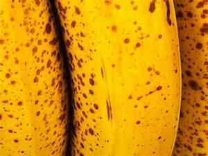 Кожуру бананов используют как натуральное средство для удаления бородавок