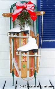 Outside Christmas Decorations and Ideas to Make Your