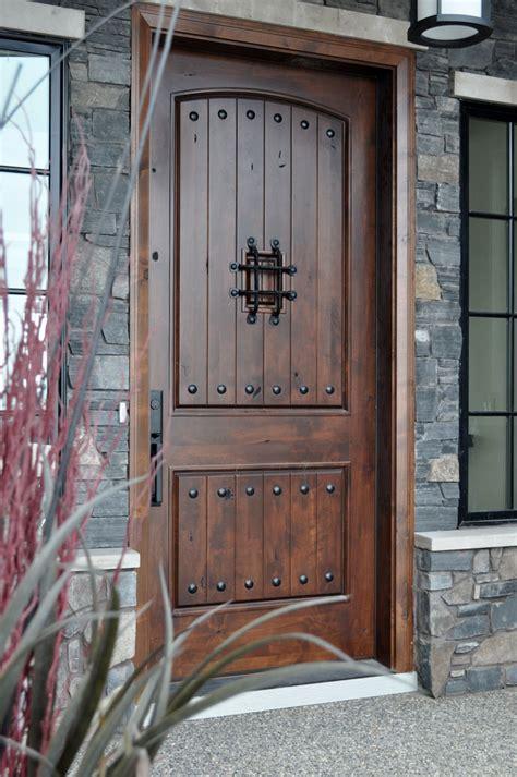 versatile rustic decor pieces   home