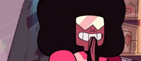 Is This Sapphires Or Rubys Side Of Garnet Xd Steven