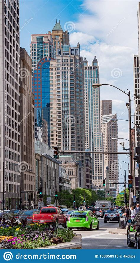 The Iconic Buildings Of The Chicago Skyline - CHICAGO, USA ...
