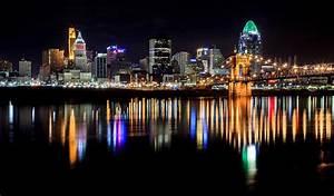 Cincinnati Skyline In Christmas Colors Photograph by Keith