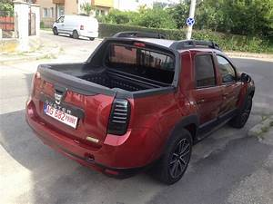 Dacia Pick Up 4x4 : dacia duster pick up rear quarter spotted in the wild indian autos blog ~ Gottalentnigeria.com Avis de Voitures