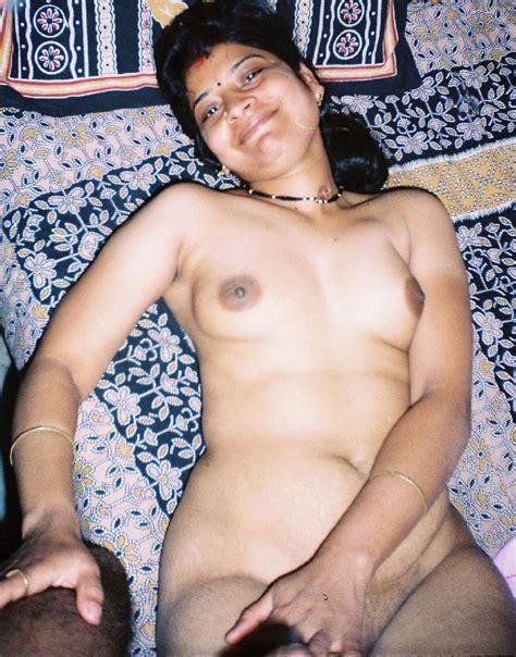desi bhabhi Enjoy naked Xxx