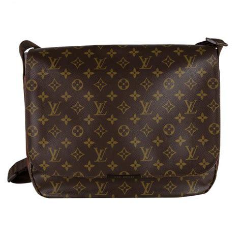shop louis vuitton beaubourg messenger mm bag