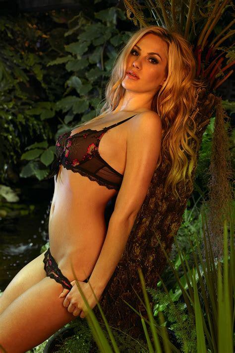 Playboy nackt heger Angelina heger