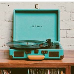 Home accessory: blue, tumblr, music, record player ...