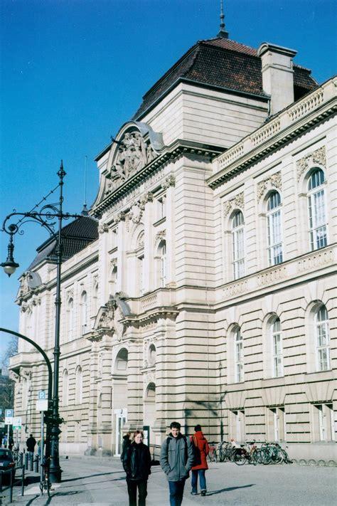 catalog lecture periods universitaet der kuenste berlin