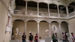Patio Castillo Museo Metropolitano