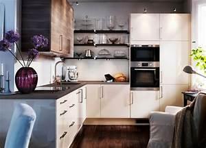 Kleine Küche Einrichten : kleine k chen einrichten kleine r ume stellen die ~ Lizthompson.info Haus und Dekorationen