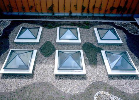 lucernari a cupola prezzi lucernari apribili per tetti piani