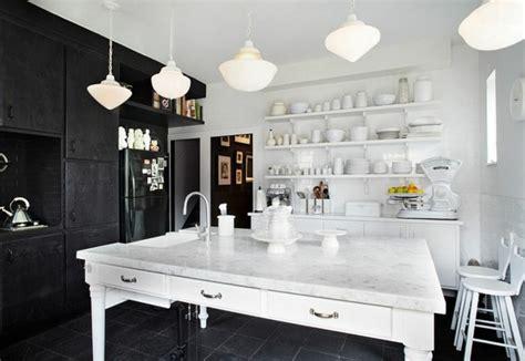 cuisine moderne noir et blanc osez la décoration noir et blanc pour votre cuisine