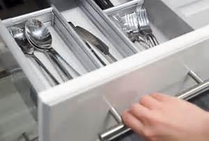 Couvert De Cuisine : separateur tiroir cuisine ~ Teatrodelosmanantiales.com Idées de Décoration