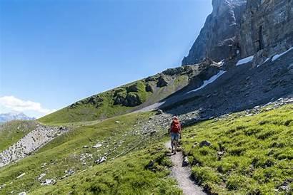 Eiger Trail Wanderung Eigernordwand Fusse Travelita Wanderweg