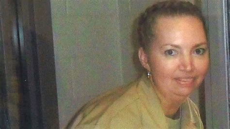 Lisa Montgomery: Judge halts execution of only woman on US ...