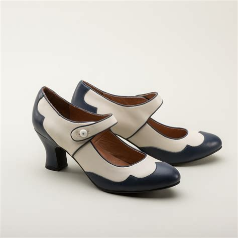 Lillian Retro Spectator Shoes in Navy/Ivory by Royal Vintage