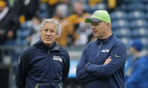 seahawks offense  gaining  yards  missing