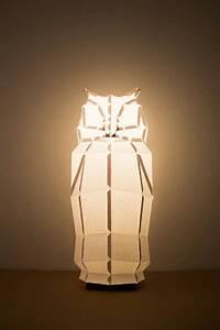 Stehlampe Aus Papier : lampenschirm design in tierform originelle leuchten aus ~ A.2002-acura-tl-radio.info Haus und Dekorationen