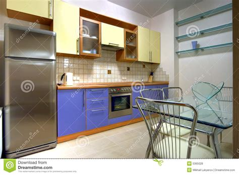 appareils cuisine cuisine avec construite dans des appareils ménagers