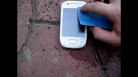 how to remove scratches from phone screen how to remove scratches from touchscreen phones