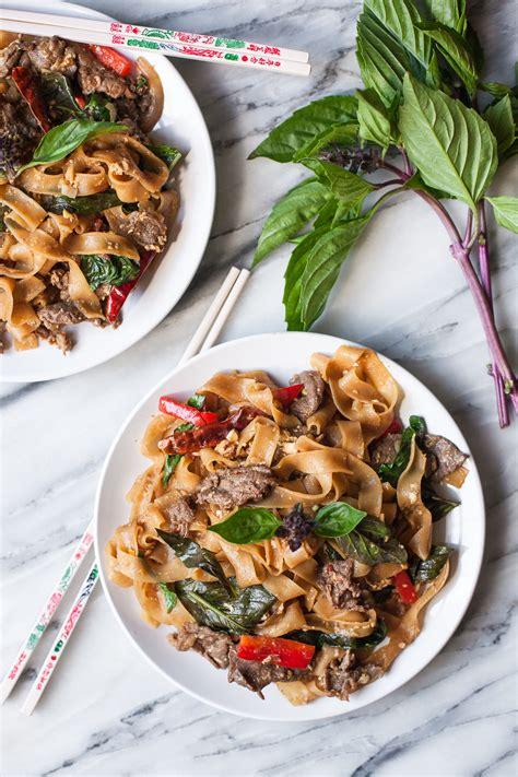 thai basil noodles  beef drunken noodles