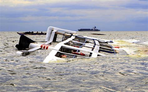 Boat Crash Africa by Six Reported Dead In Lagos Boat Mishap