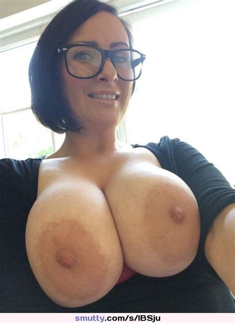 Hot Sexy Babe Milf Mature Bigtits Bigboobs Busty