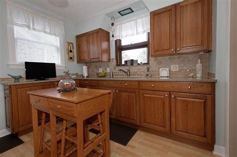 Small Kitchen Remodel, Elmwood Park IL   Better Kitchens