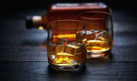 Mainās kārtība alkoholisko dzērienu tirdzniecībai ...