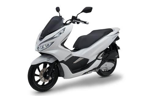 Pcx 2018 Lokal Indonesia by Honda Pcx 2018 Produksi Indonesia Ada 2 Tipe