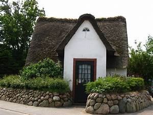 Tiny House Germany : photo gallery of the island of sylt in 2019 cottage life german houses traditional house ~ Watch28wear.com Haus und Dekorationen