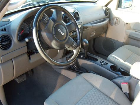 used jeep liberty interior used 2007 jeep liberty sport utility 7 699 00