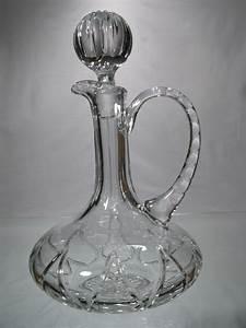Carafe à Vin Cristal : carafe vin en cristal carafe taillee en cristal carafe cristal avec anse ~ Teatrodelosmanantiales.com Idées de Décoration