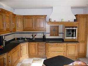 Cuisine rustique en chene massif clair cuisines liebart for Idee deco cuisine avec cuisine rustique
