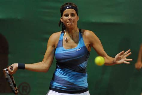 beauty  tennis august