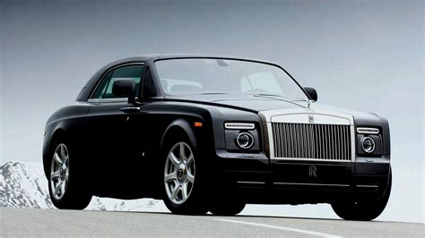 luxury cars rolls royce luxury motors rolls royce phantom beverly hills magazine