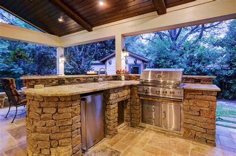 outdoor living  briar forest area texas custom patios