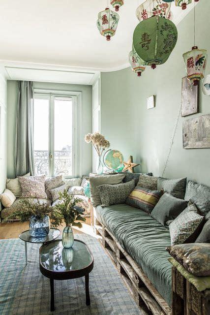 paris  appartement lumineux feminin  eclectique