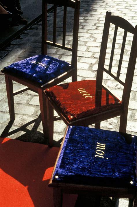 la chaise au plafond 1996 cinq chaises à la chaise au plafond kt doyle