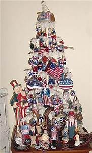 Primitive Americana Patriotic 4th July Tree Hand