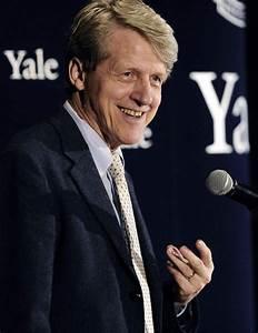 Yale Professor Robert J. Shiller Wins Nobel Prize for ...