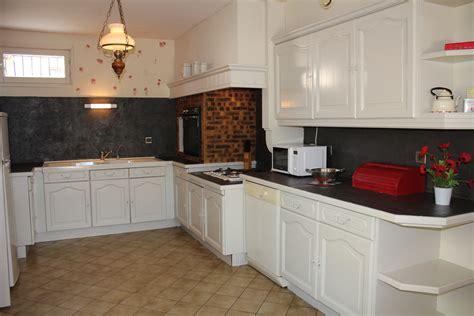refaire sol cuisine refaire cuisine en bois carrelage cuisine gris fonc mural