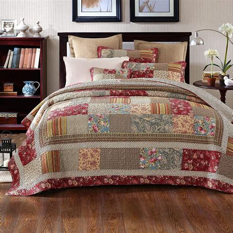 california king quilts burgundy bedspreads and burgundy comforter sets at