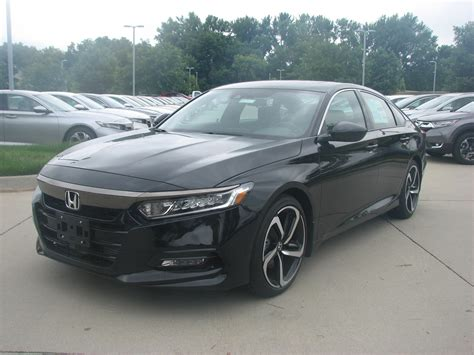 2019 honda accord sedan new 2019 honda accord sedan sport 2 0t 4dr car in des