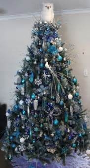 14 magical ways to decorate your tree