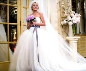 vera wang brautkleider re inventing classic bridal styles vera wang wedding dresses